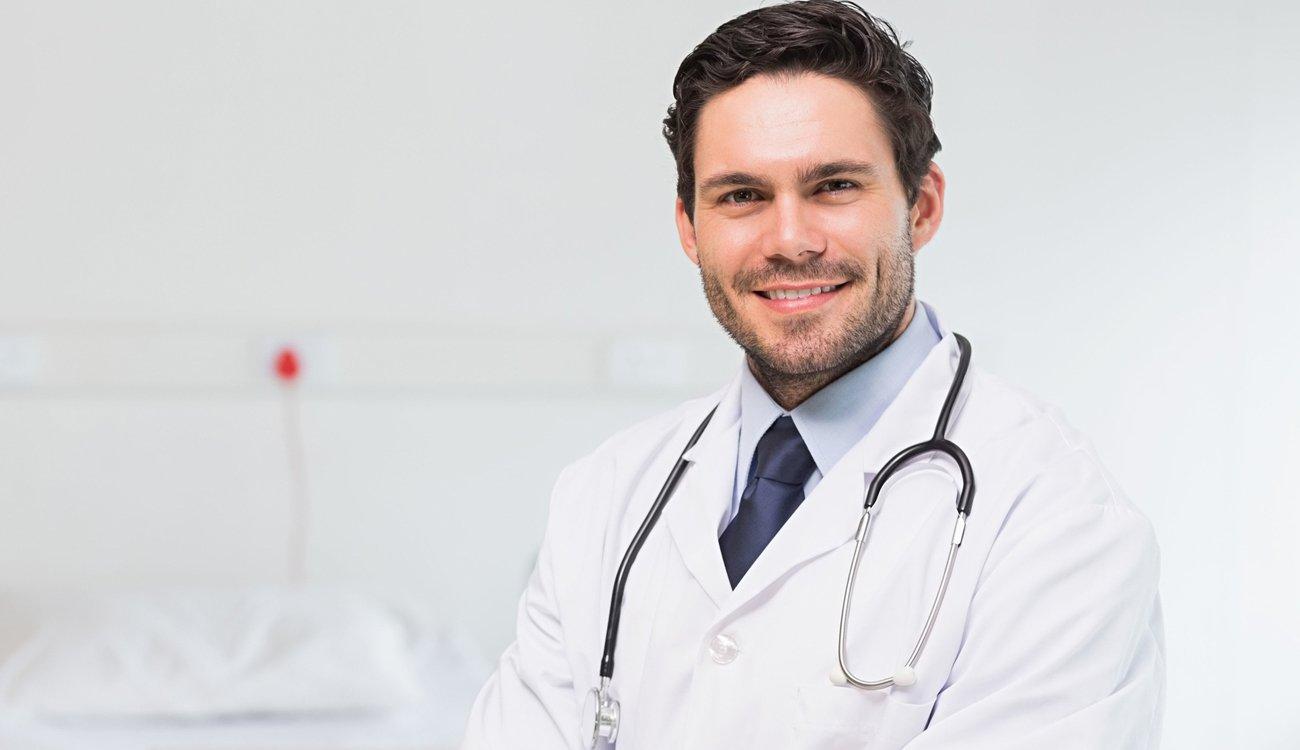 احجز الأن مع دكتور  محمد مهدي - أخصائي العلاج الطبيعي وإصابات الملاعب